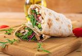 Salate und Wraps
